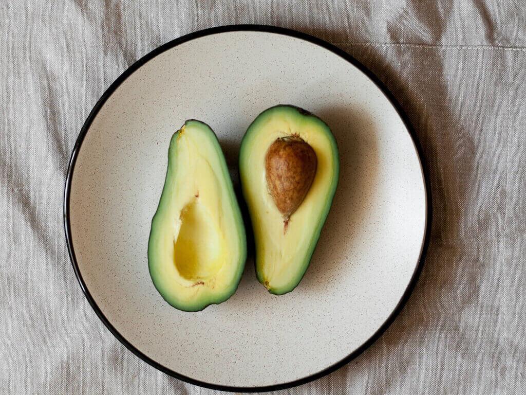 alimente-crestere-apetit-sexual-libido-avocado-gradina-sanatatii